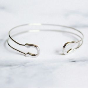 Karis' Kloset Jewelry - Jewelry | Safety pin delicate hardware bracelet