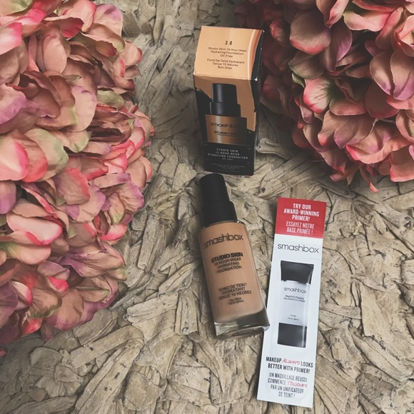 Sephora Makeup - Smashbox studio skin foundation