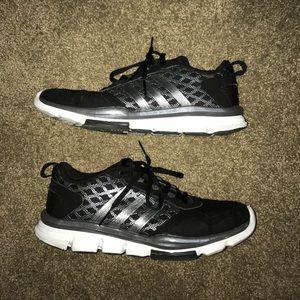 Adidas Shoes - NWOT Adidas running shoes