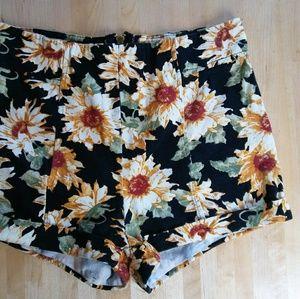 LA Hearts Pants - LA Hearts sunflower shorts