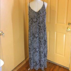 Venezia Dresses & Skirts - Venezia maxi dress 18/20