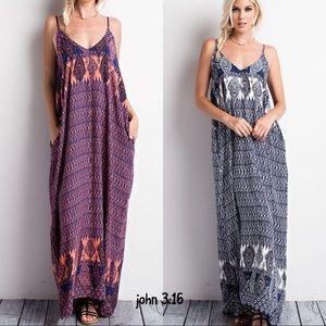 Boutique Dresses & Skirts - Boho maxi dress - NAVY