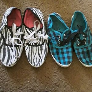 Shoes - 2 pairs of sneakers