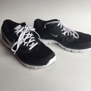 Nike Shoes - Nike Flex Experience RN3