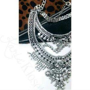 Karis' Kloset Jewelry - Jewelry | Chic Chick Statement Necklace