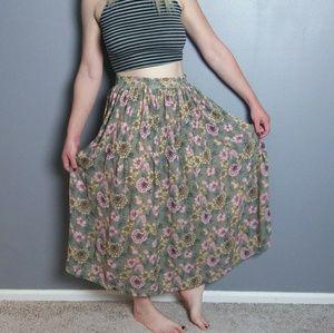 Sag Harbor Dresses & Skirts - Floral pleated maxi skirt