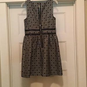 Kensie Dresses - Like New Women's Dress by Kenzie Faux Leather Trim