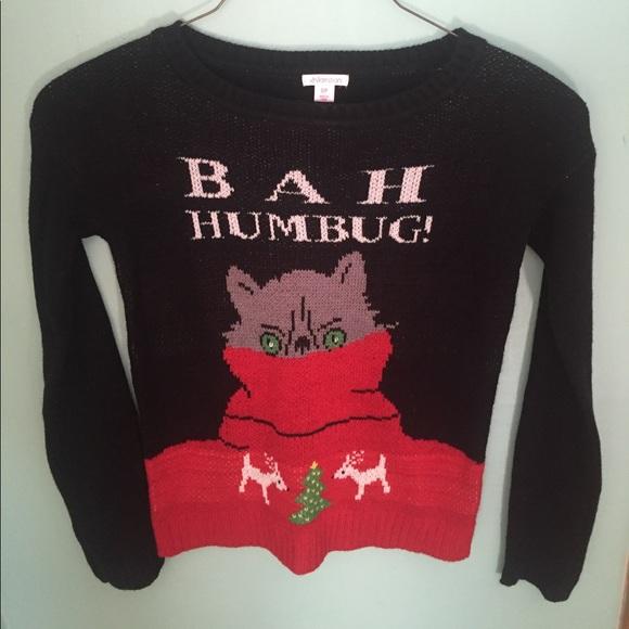 Christmas Cat Sweater.Never Worn Christmas Cat Sweater