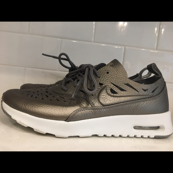 Nike Wmns Air Max Thea Joli (Metallic Pewter Metallic Pewter)