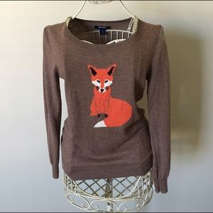 Old Navy Sweaters - Old Navy Fox 🦊 Lightweight Sweater - Size S