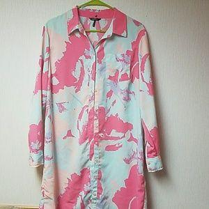 Daisy Fuentes Dresses & Skirts - Floral Shirt dress