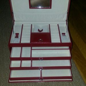 unbranded   Accessories - Red Jewelry  Box