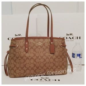 SALE New Coach signature Drawstring Carryall Tote
