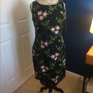 Jessica Howard Dresses & Skirts - Jessica Howard Black Sleeveless Floral Dress