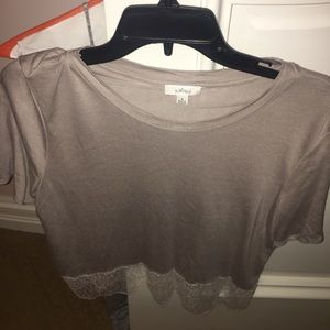 Wilfred Tops - tshirt with lace trim bottom