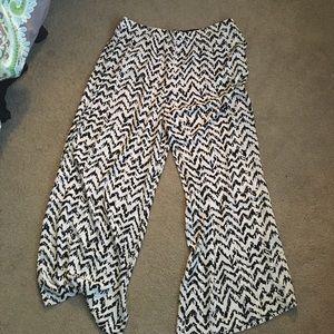 Jennifer Lopez Pants - NWT wide leg pants from Jennifer Lopez
