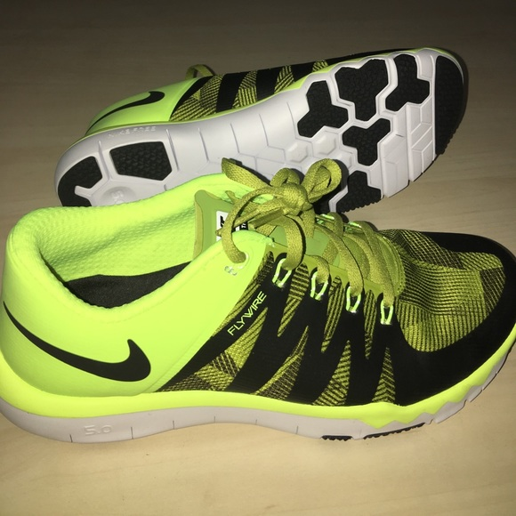 competitive price 25479 9584f NEW Nike Free 5.0 Training shoes, Flywire, Neon