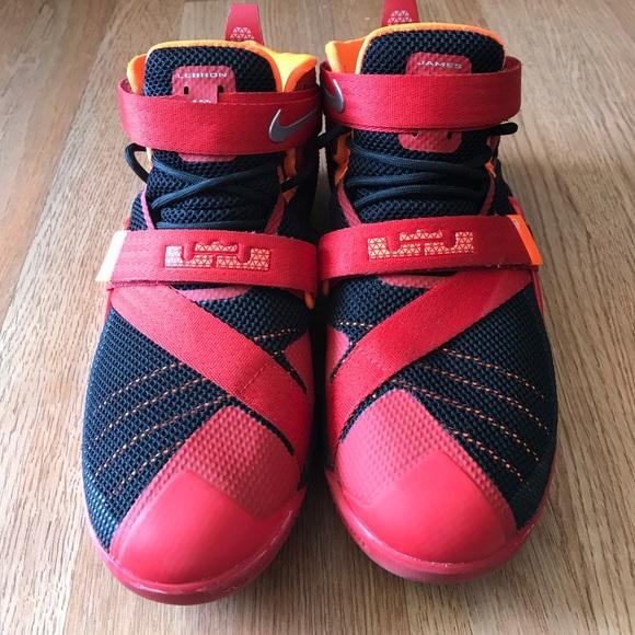 lebron james shoe size - photo #43