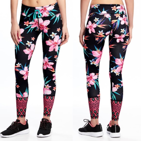 553ed010f8 Old Navy Hibiscus Tropical Workout DriFit Legging.  M_591a3b787f0a0598c40207f5