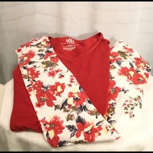 Classic Woman Pants - Floral leggings_red flowers