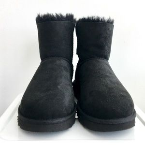 UGG Shoes - UGG Australia Naveah Shearling Bow Boot