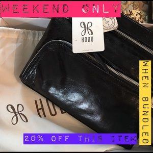 HOBO Handbags - BRAND NEW Hobo Cassie Crossbody