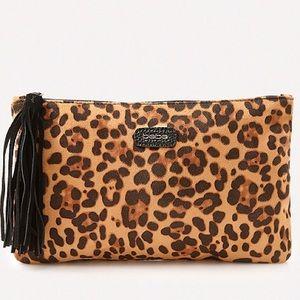 bebe Handbags - Bebe leopard pouch