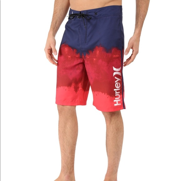 single men in hurley Designed to help make every session lighter, faster, and more flexible, hurley phantom boardshorts offer a gateway to your peak performance.