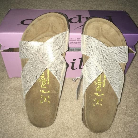 bd4735fa377748 ASOS Birkenstock Papillio Gold flat sandals