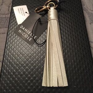 Danielle Nicole Accessories - Tassel key chain/bag charm