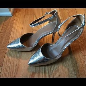 modcloth bamboo silver heels