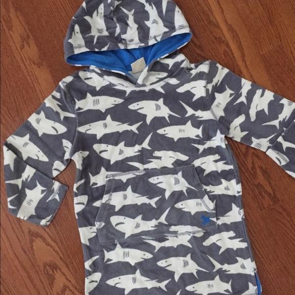 018fc0de3b Mini Boden Terry Towel Boys Swim Cover Up shark. M 591a52602599fe2509026870