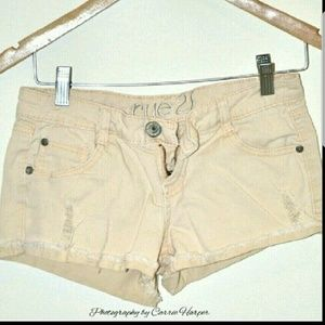 Rue 21 Pants - Shorts by Rue21 Size 3/4