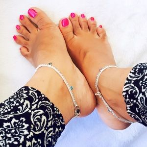 Jewelry - Multicolor rhinestones anklets