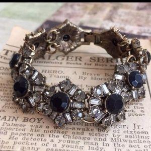 Chloe + Isabel Jewelry - Rare Deco Fanfare Bracelet