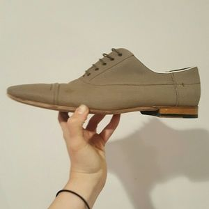 Hugo Boss Other - HUGO BOSS MADE IN ITALY SIZE 42 GREY CANVAS