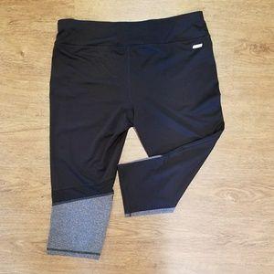 Danskin Now Pants - Running Capri pants