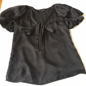 Lucca Couture Tops - Lucca Couture Puff Sleeve Pin Stripe Bow Top EUC