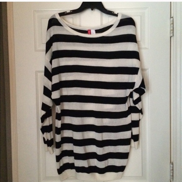 H&M - H&M Divided Black/White striped tunic sweater from ! connie ...