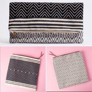 Handbags - ⬇️**PRICE DROP**Foldover Clutch – Atitlán Brocade
