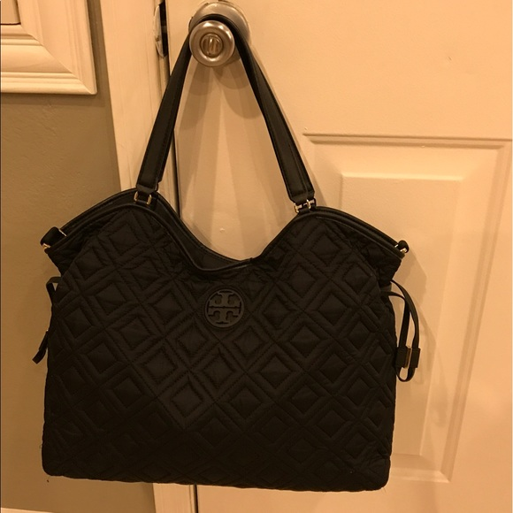 8a7d3dd1220 Tory burch Marion quilted slouchy Baby diaper Bag.  M 591a70804e8d17a7fb12c1db