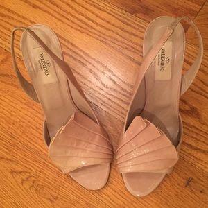 Valentino Garavani Shoes - Valentino patent leather heels, Beige