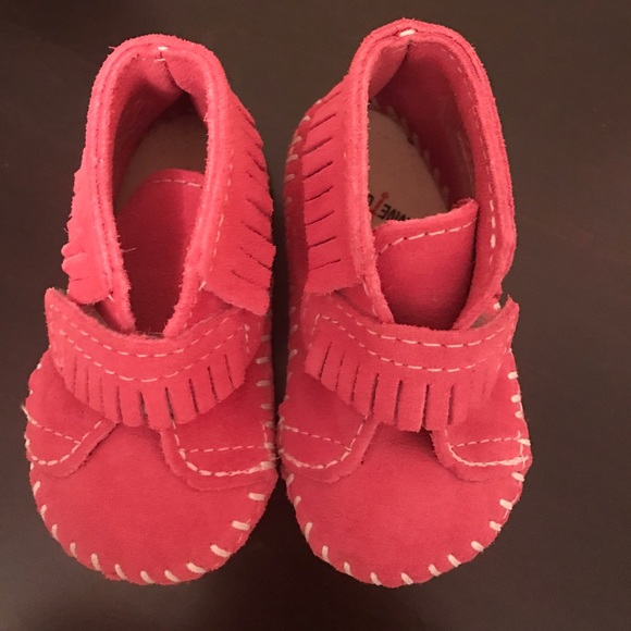 Find great deals on eBay for minnetonka boots pink. Shop with confidence.