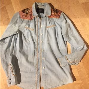 Maison Scotch Tops - Maiden Scotch Tiger light denim button up