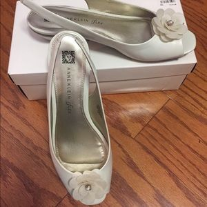 Anne Klein white low heel shoes