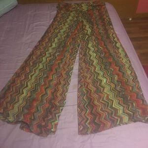 Sweet Pea Pants - Multicolored Jagged Lines Flared Gaucho Pants
