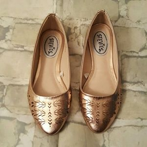 Stevies Other - Just reduced!! Adorable Girls flats