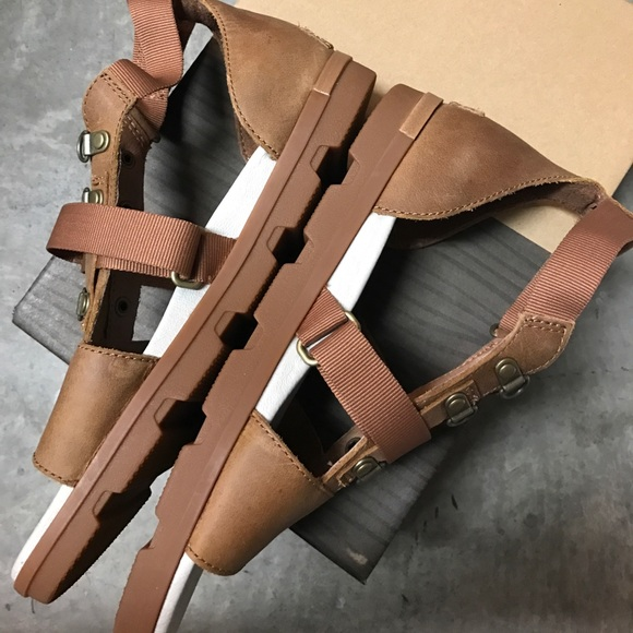 51 Off Sorel Shoes 1 Hr Sale 🔥 New Sorel Torpeda Carly