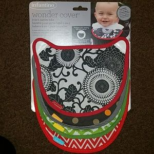 Other - Infantino Wonder Cover 5pk one is missing bib.