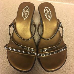 Callisto Shoes - Pre-Owned Callisto of California Gold Sandal Sz 8